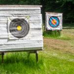 Zwei Zielscheiben auf dem Bogenplatz des Vereins in Neckargerach
